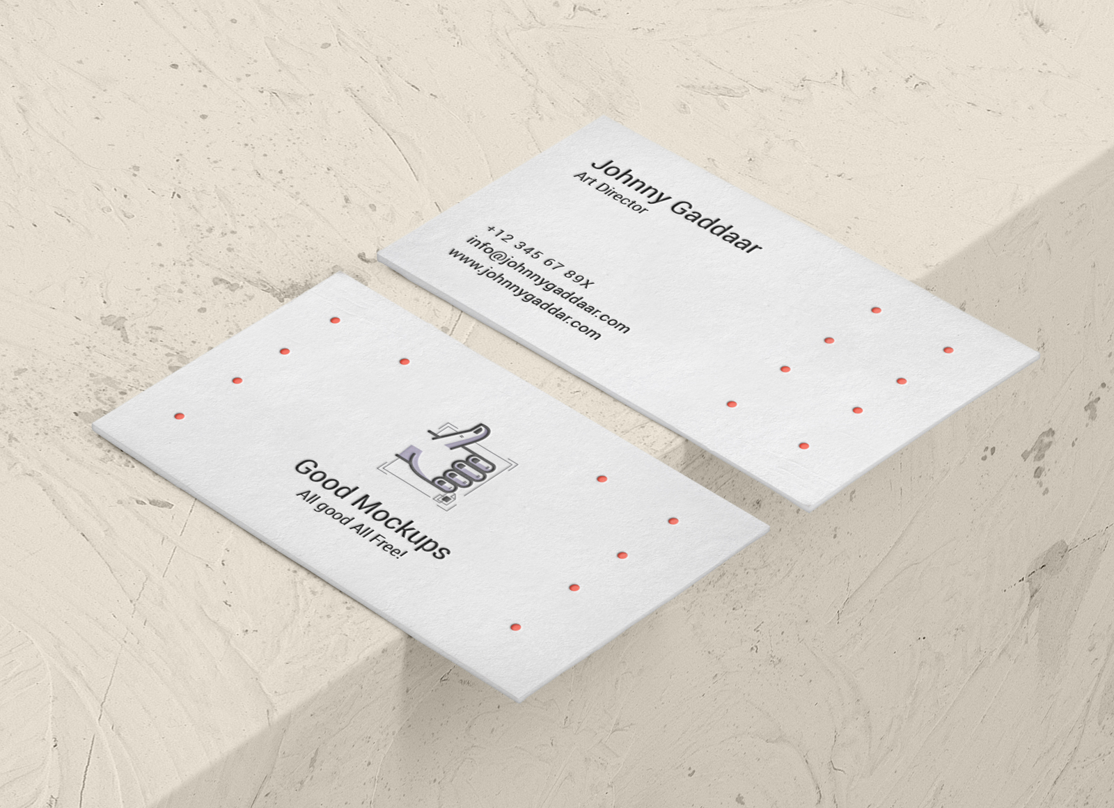 Free-Creative-Visiting-Card-Mockup-PSD