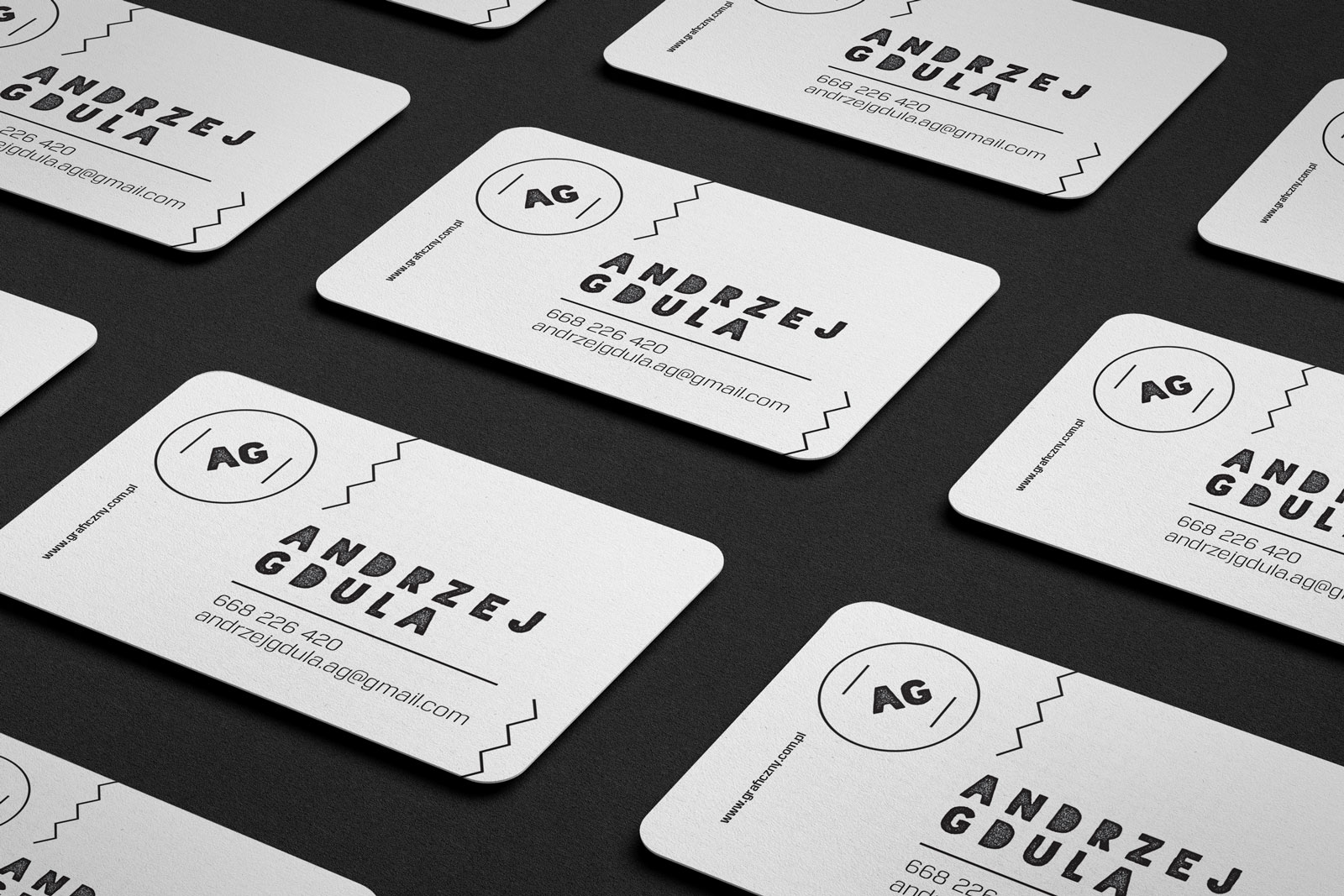 Free Rounded Corner Business Card Mockup PSD - Good Mockups