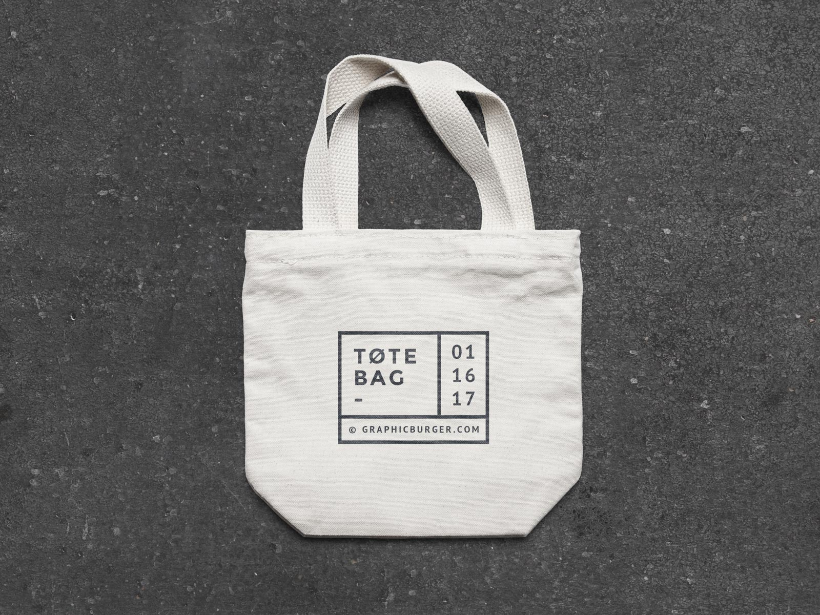 Free-Small-Canvas-Tote-Bag-Mockup-PSD-File