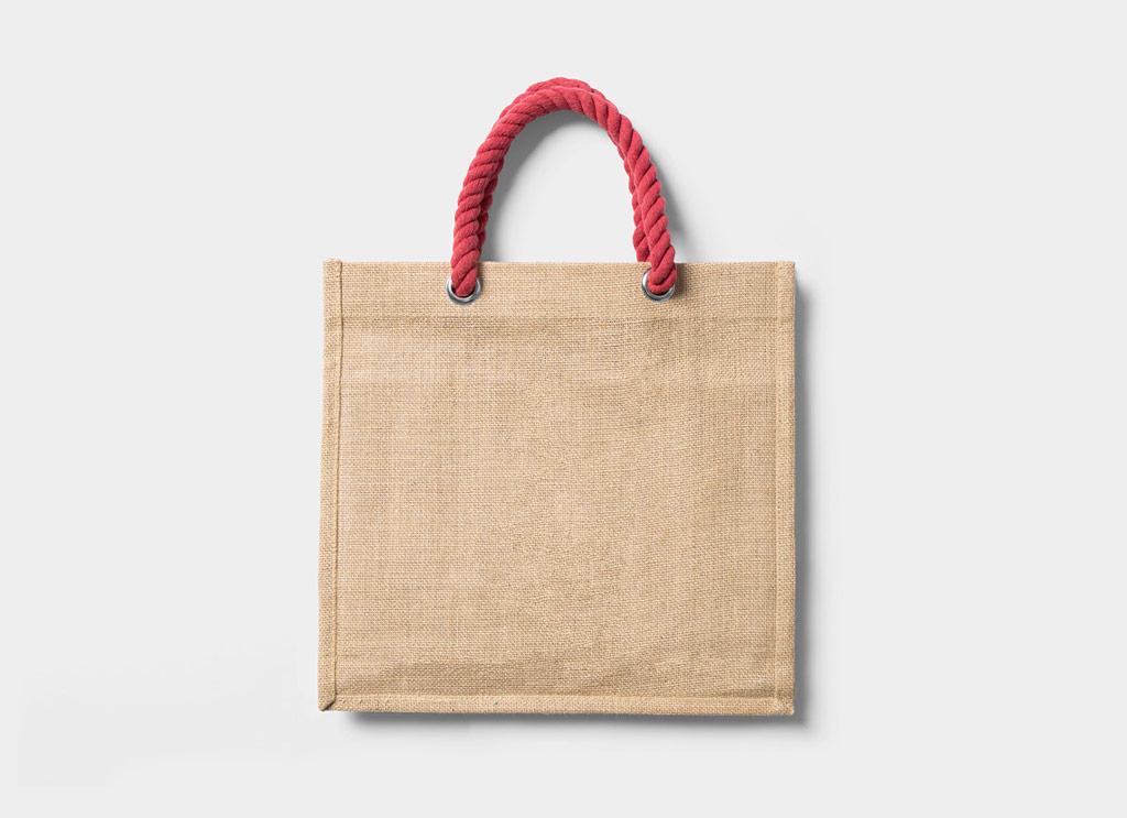 Free-Tote-Blank-Shopping-Bag-Mockup-PSD