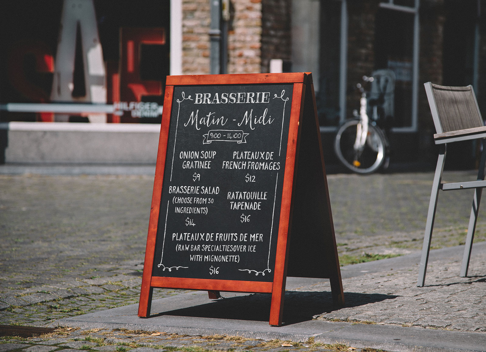 Free-A-Frame-Chalkboard-Restaurant-Menu-Mockup-PSD