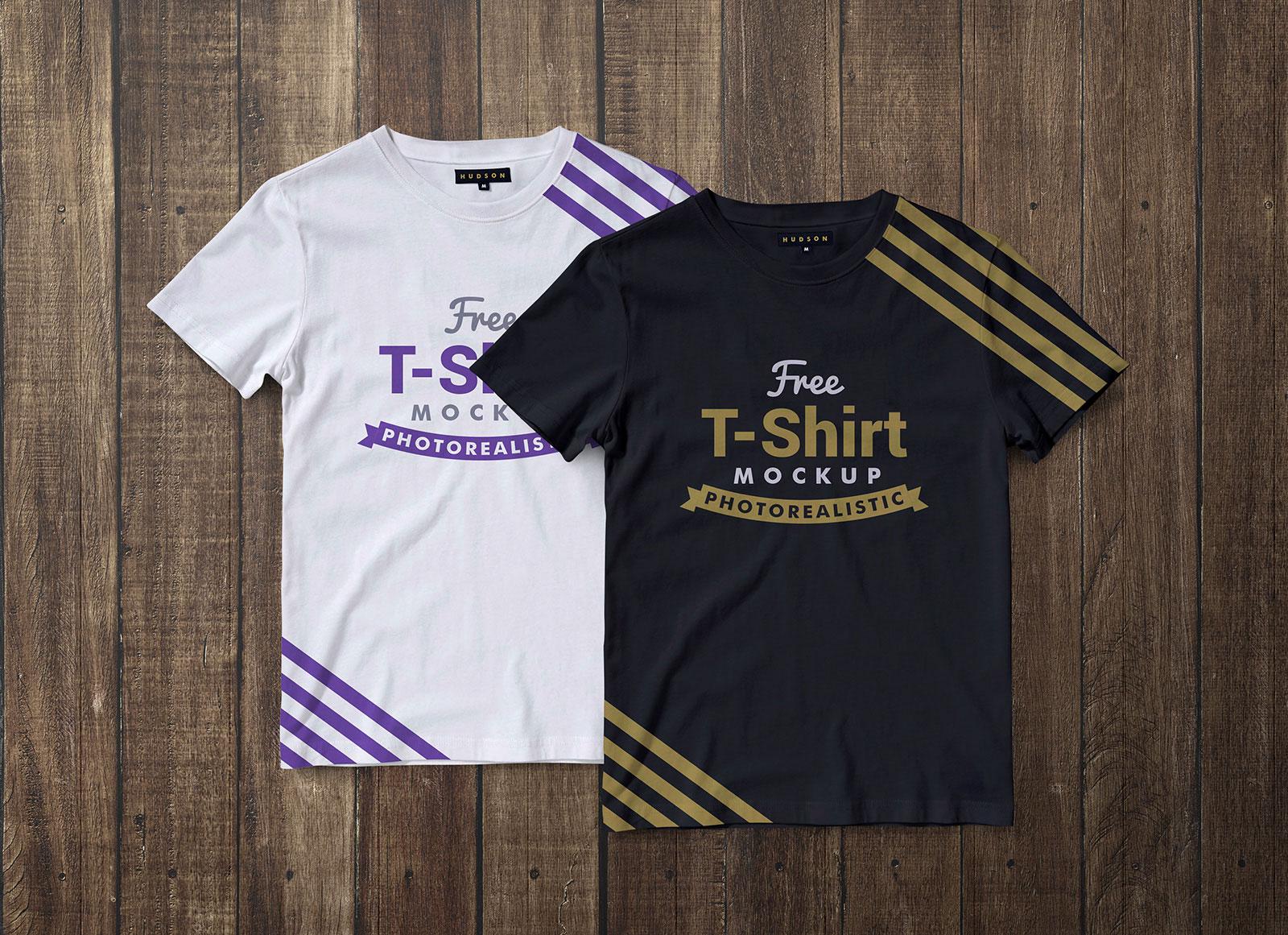 Free-Black-&-White-Half-Sleeves-T-Shirt-Mockup-PSD-File