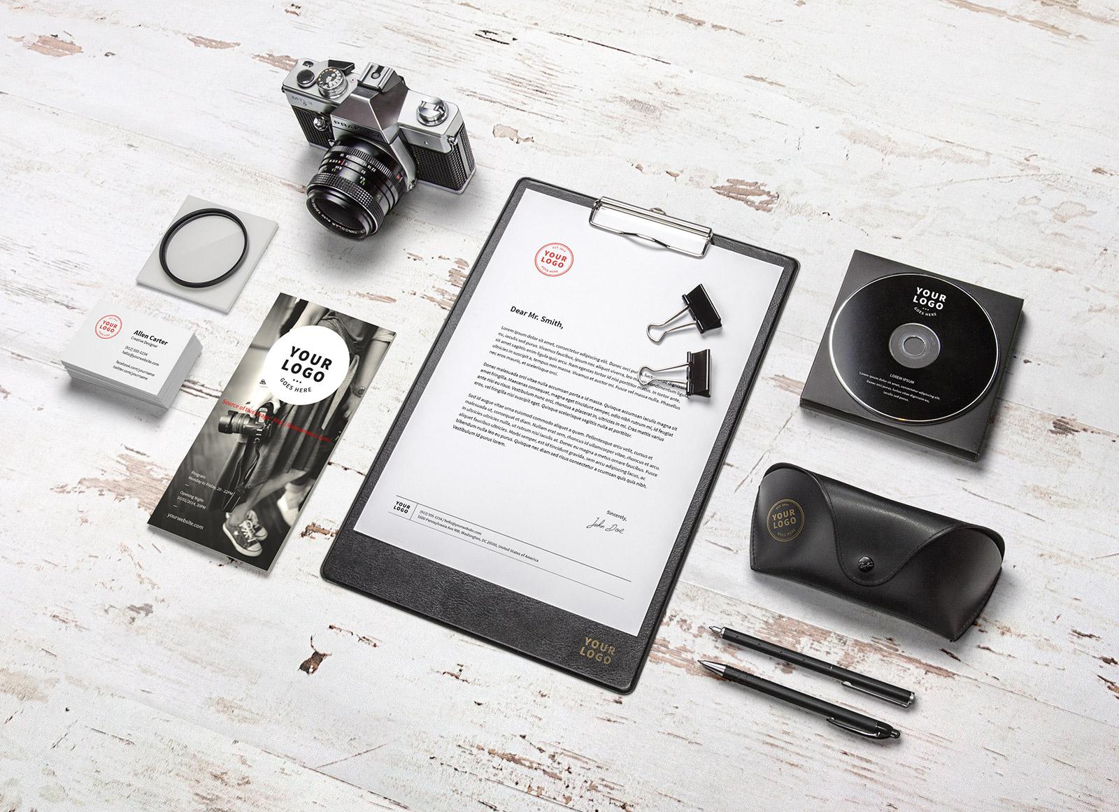 Free-Branding-Corporate-Idenity-Mockup-PSD-for-Photographers-2