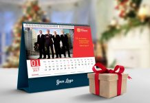 Free-Desk-Calendar-2018-Mockup-PSD