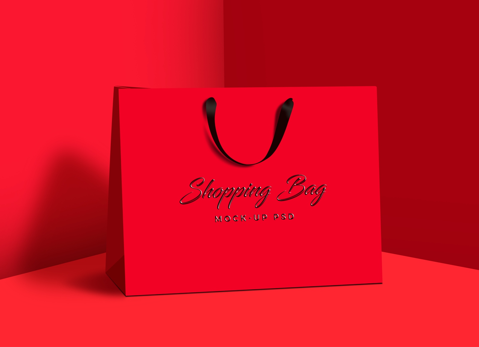Free-Photorealistic-Shopping-Bag-Mock-up-PSD