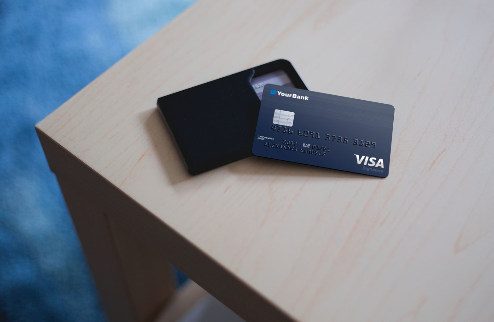 Free-Plastic-Credit-Card-Mockup-PSD-2
