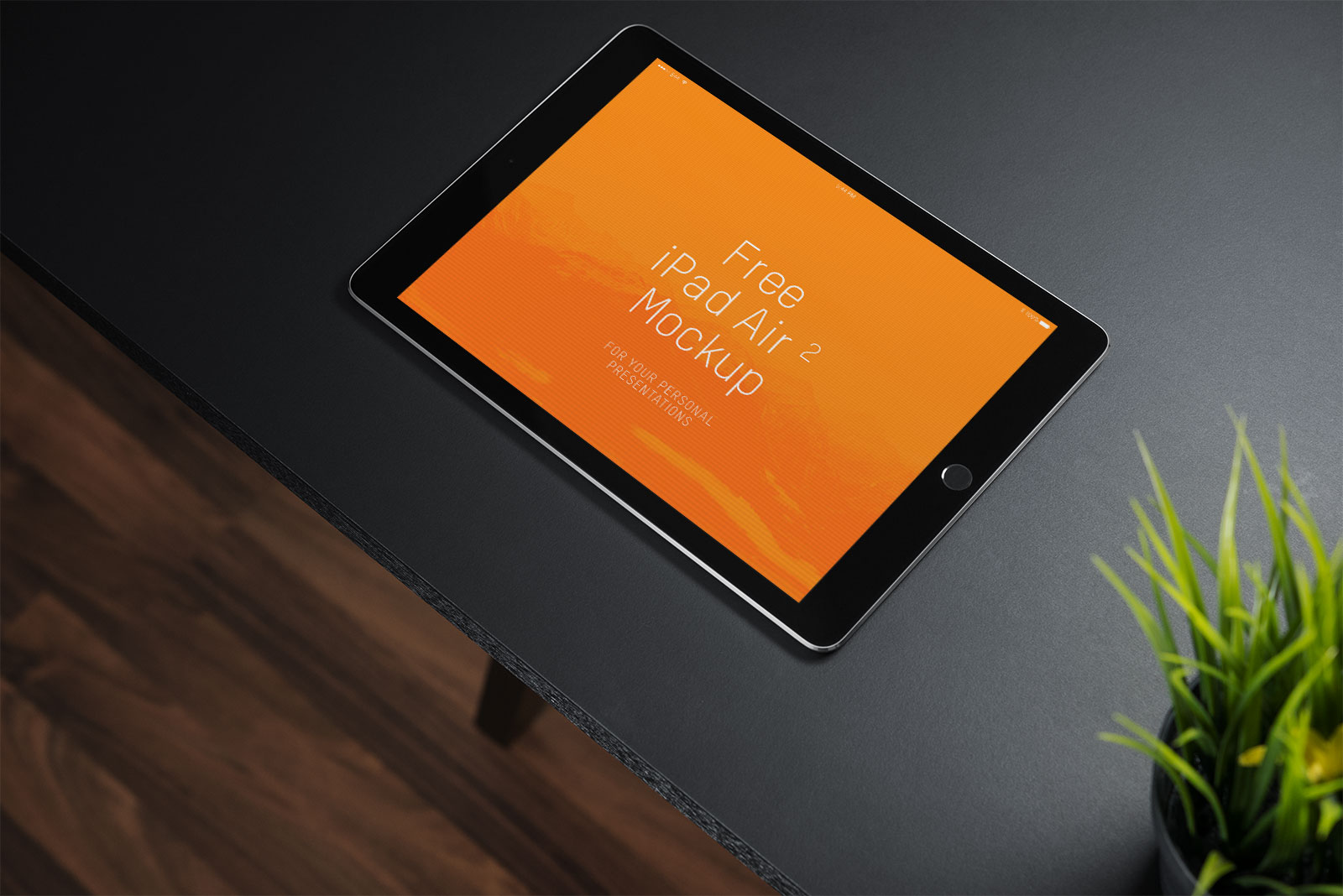 Free-iPad-2-photo-mockup-PSD-file