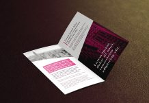 Bi-Fold_Leaflet_Brochure-Mockup_PSD_