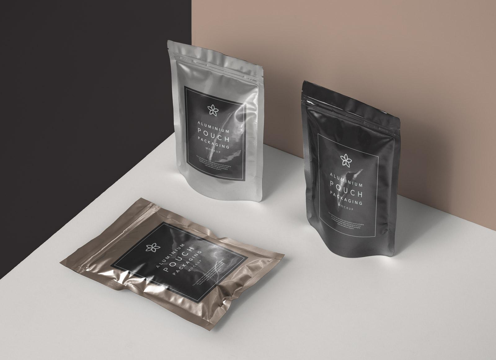 Free-Aluminium-Foil-Packaging-Mockup-PSD