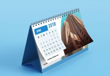 Free-Premium-Table--Desk-Calendar-Mockup-PSD