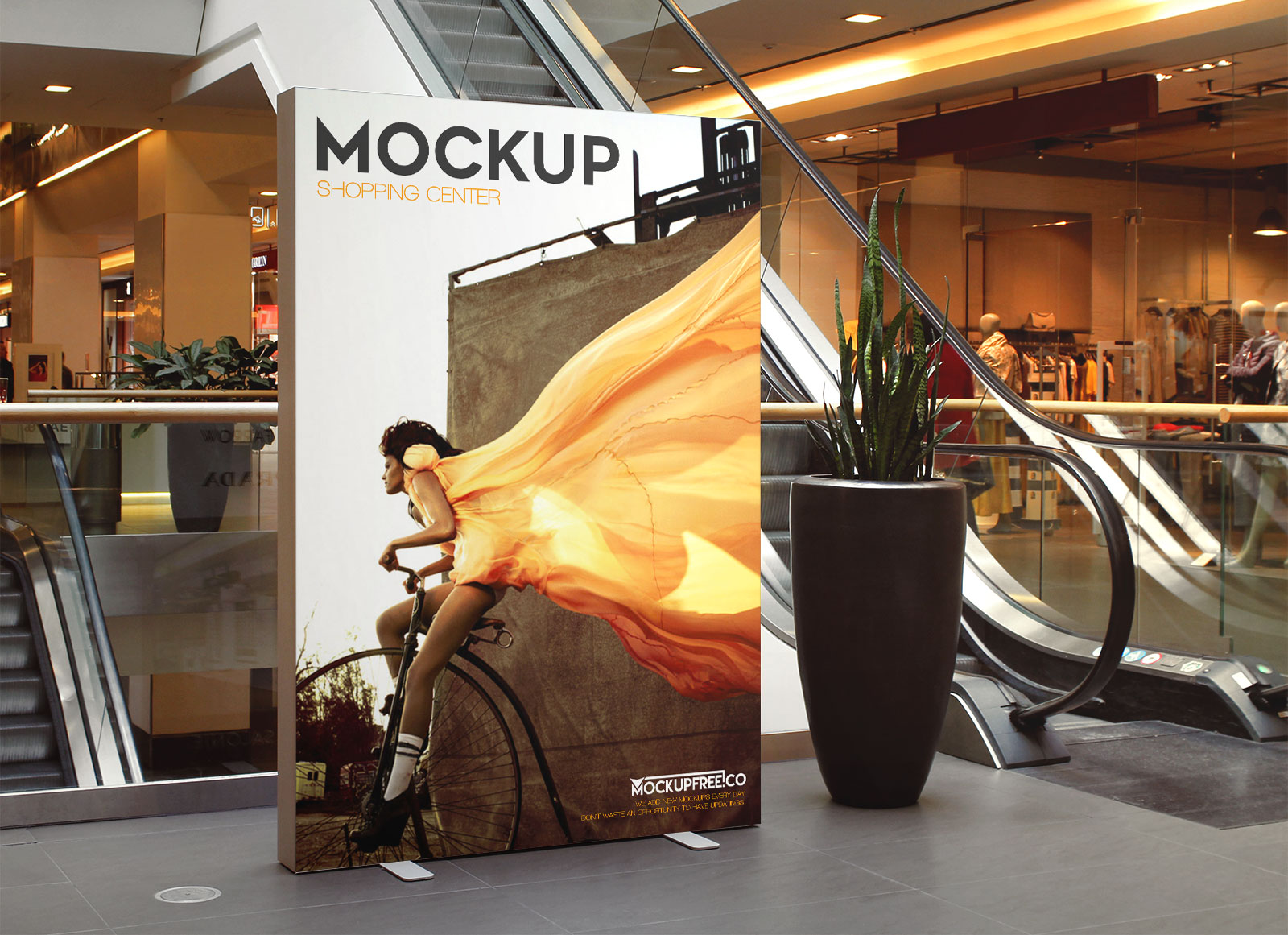Free-indoor-advertising-shopping-center-mockup-psd