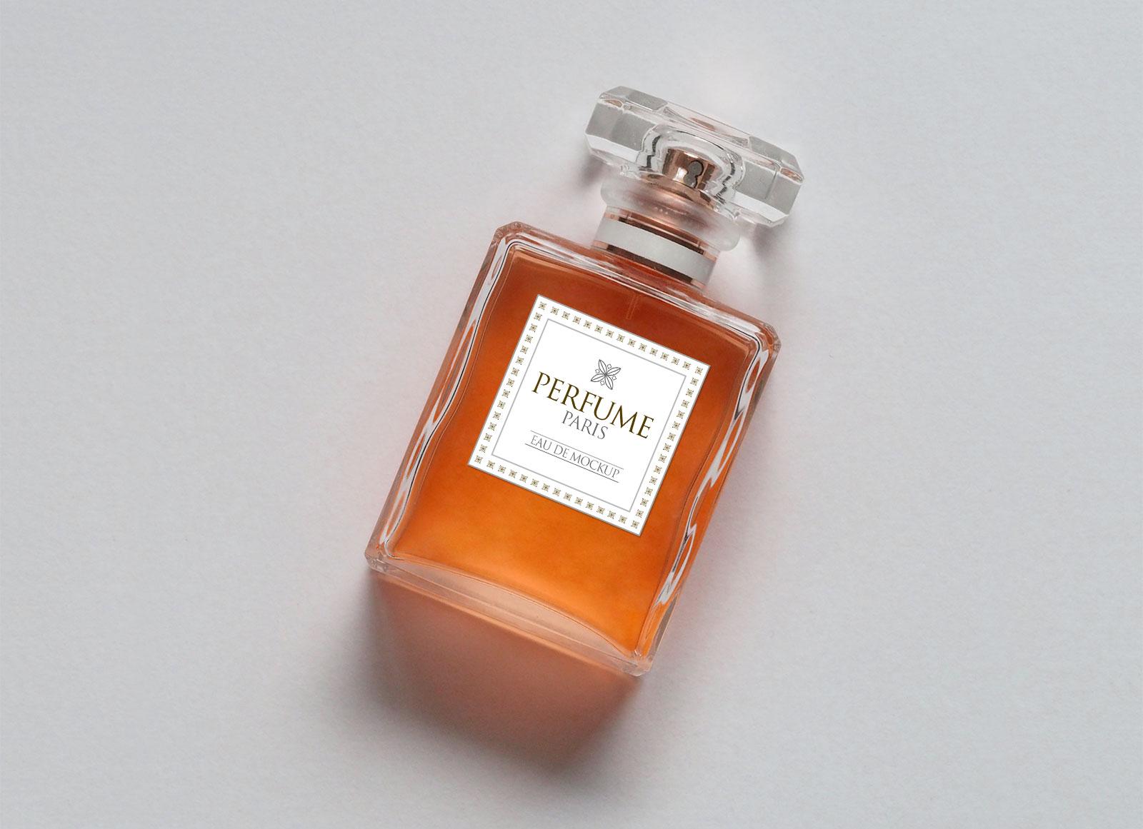 Free-Scent-Perfume-Body-Spray-Bottle-Mockup-PSD