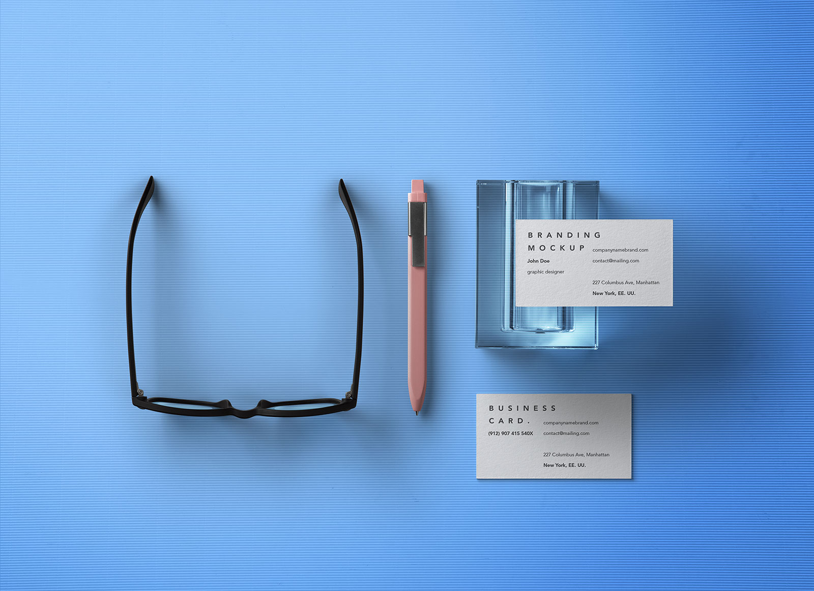 Free-Front-&-Back-Business-Card-Mockup-PSD