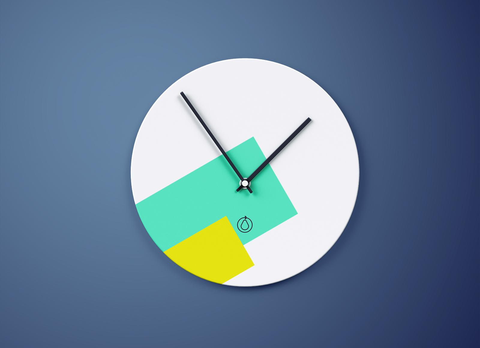 Free-Round-Wall-Clock-Mockup-PSD-2
