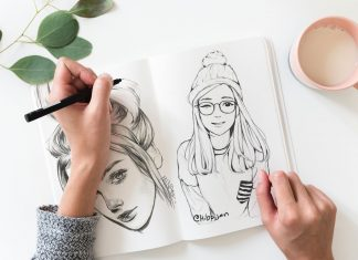 Free-Sketch-Book-Mockup-PSD