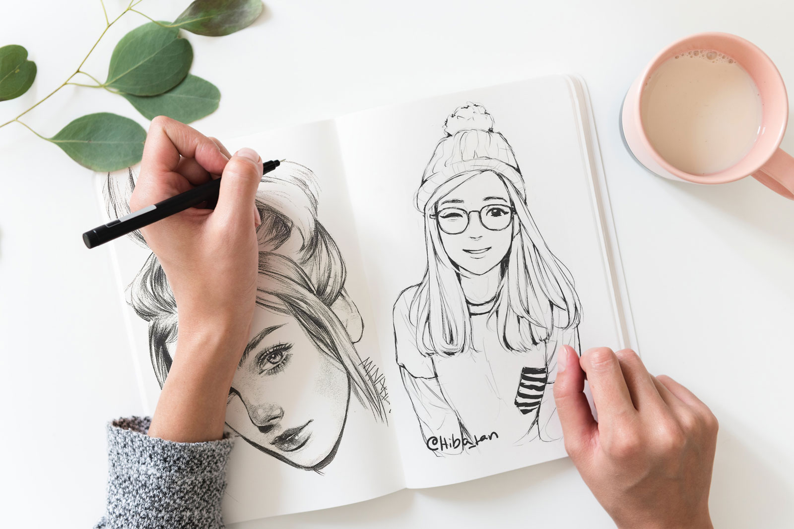 Free-Sketch-Book-Mockup-PSD-File