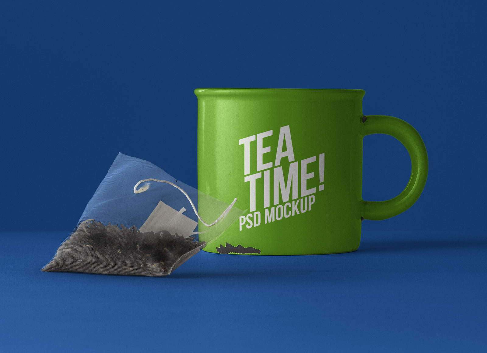 Free-Tea-Cup-Mockup-PSD