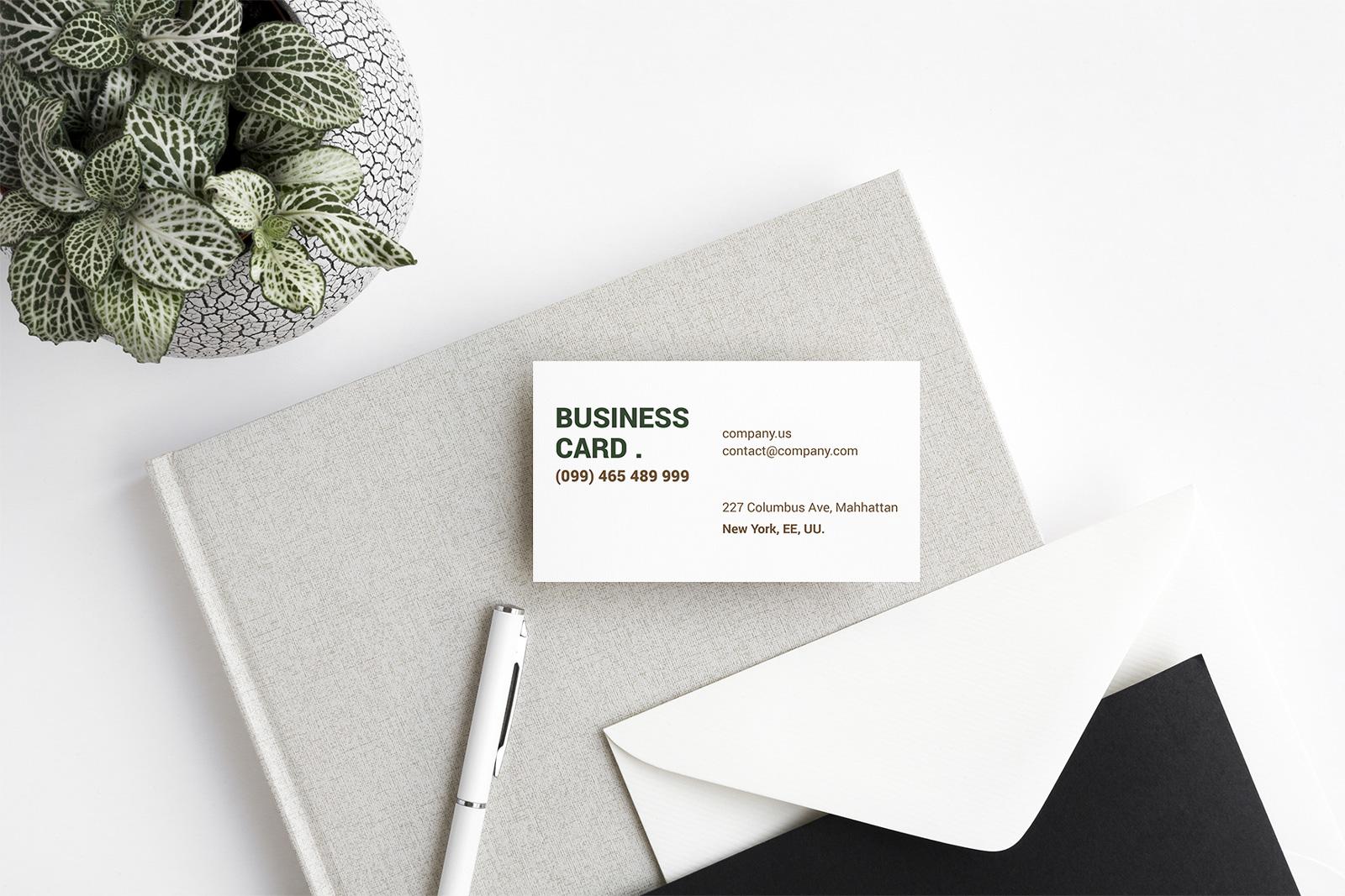 Free-Beautiful-Business-Card-Mockup-PSD-Set-2