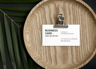 Free-Beautiful-Business-Card-Mockup-PSD-Set