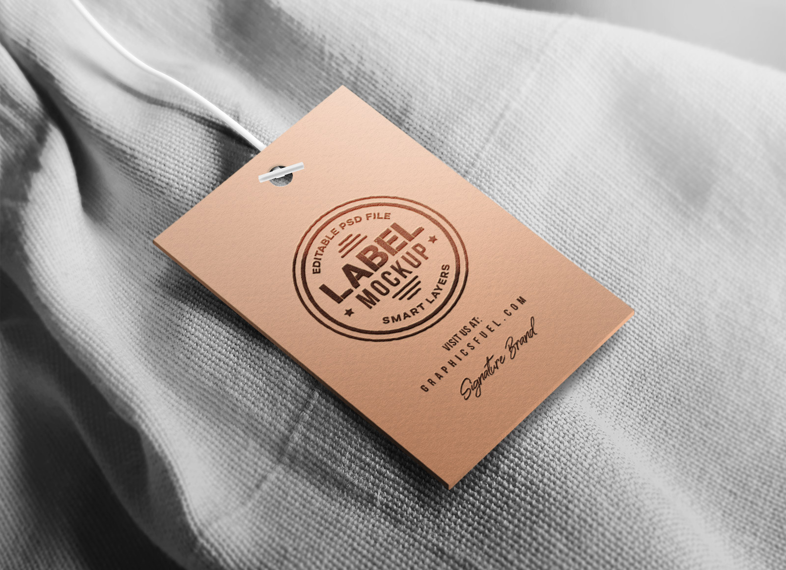 Free Clothing Hang Tag Mockup PSD