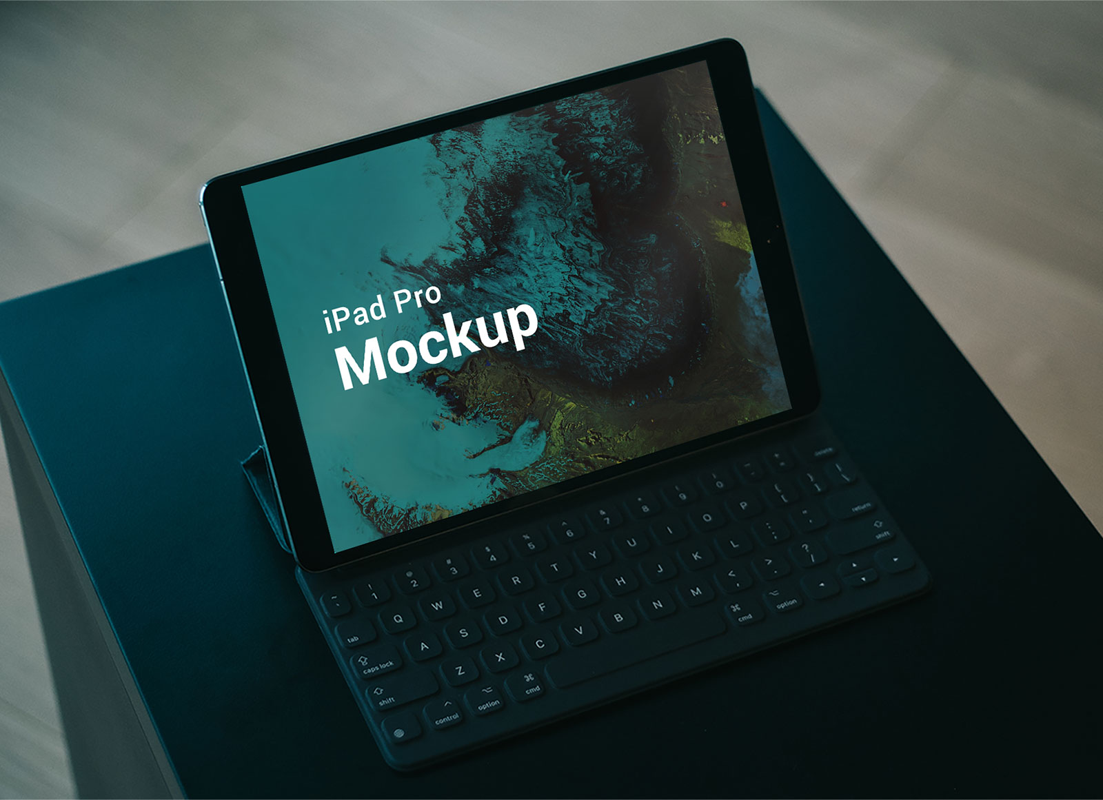 Free-Apple-iPad-Pro-with-Keyboard-Mockup-PSD