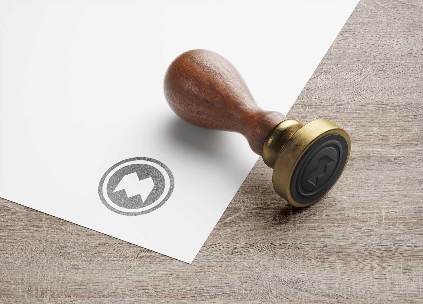 Free-Wooden-Round-Stamp-Mockup-PSD-2