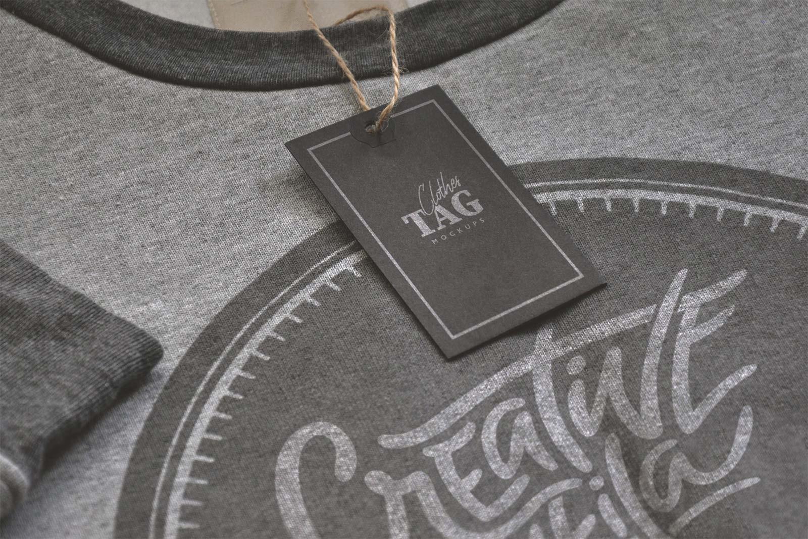 Free Cloth Label Hang Tag Mockup PSD