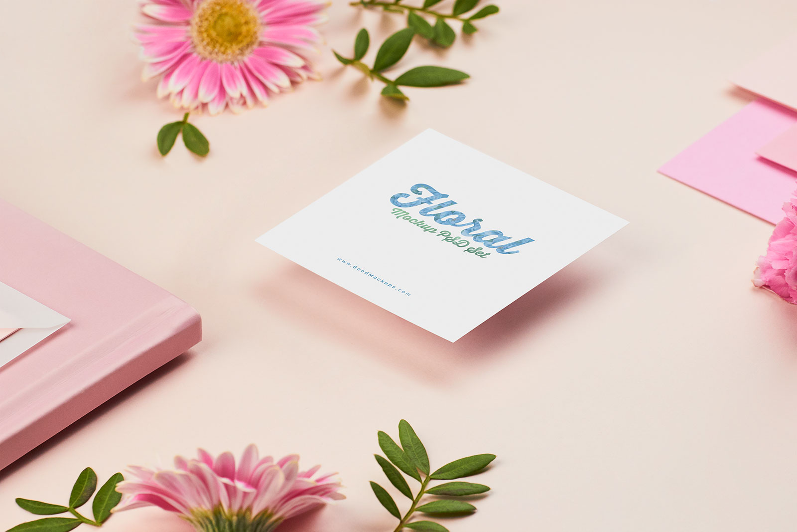 Free Square Greeting / Wedding Card Mockup PSD Set