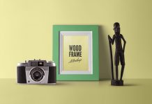 Free-Fully-Customizable-Wood-Photo-Frame-Mockup-PSD-2