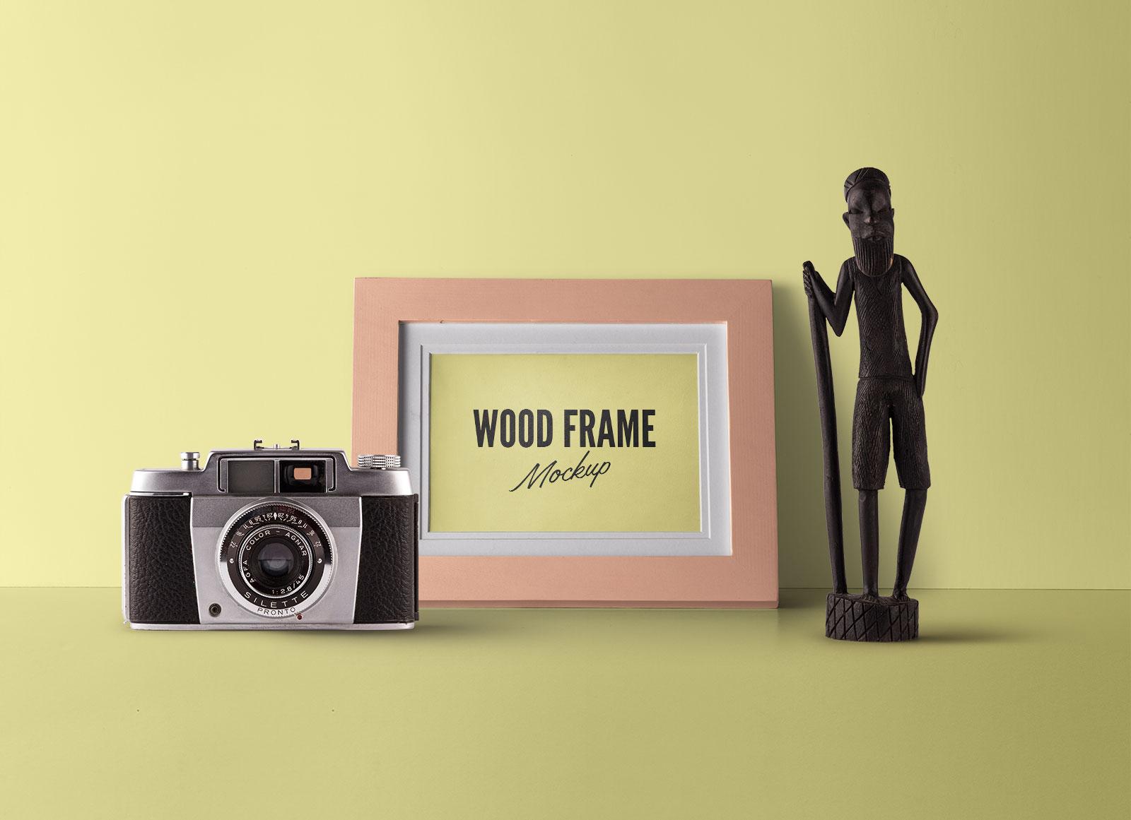 Free-Fully-Customizable-Wood-Photo-Frame-Mockup-PSD