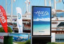 Free-Street-Roadside-Billboard-Mockup-PSD-Set-(Harbor-Edition)