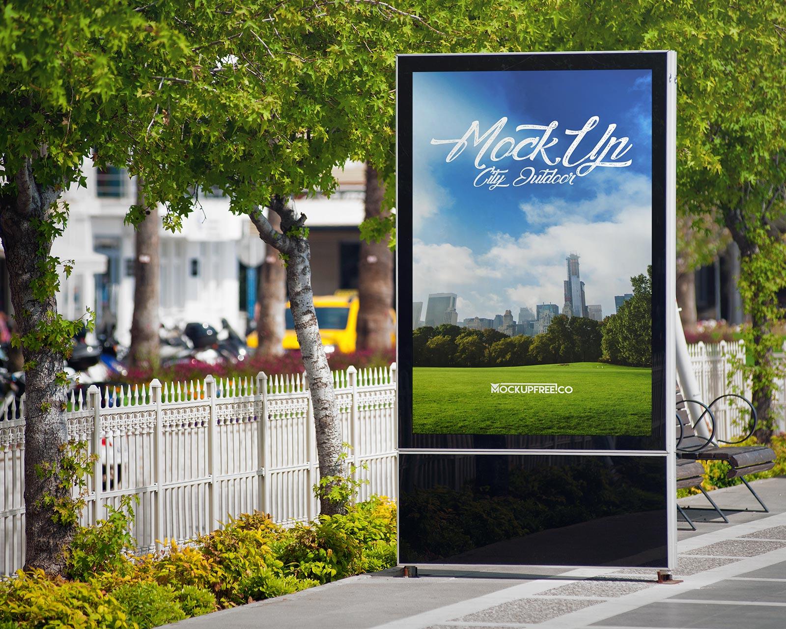 Free-Street-Roadside-Billboard-Mockup-PSD-Set-(Harbor-Edition)-4