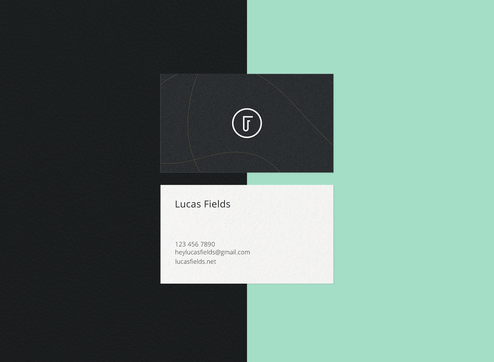 Free High Quality Business Card Mockup PSD Set (1)