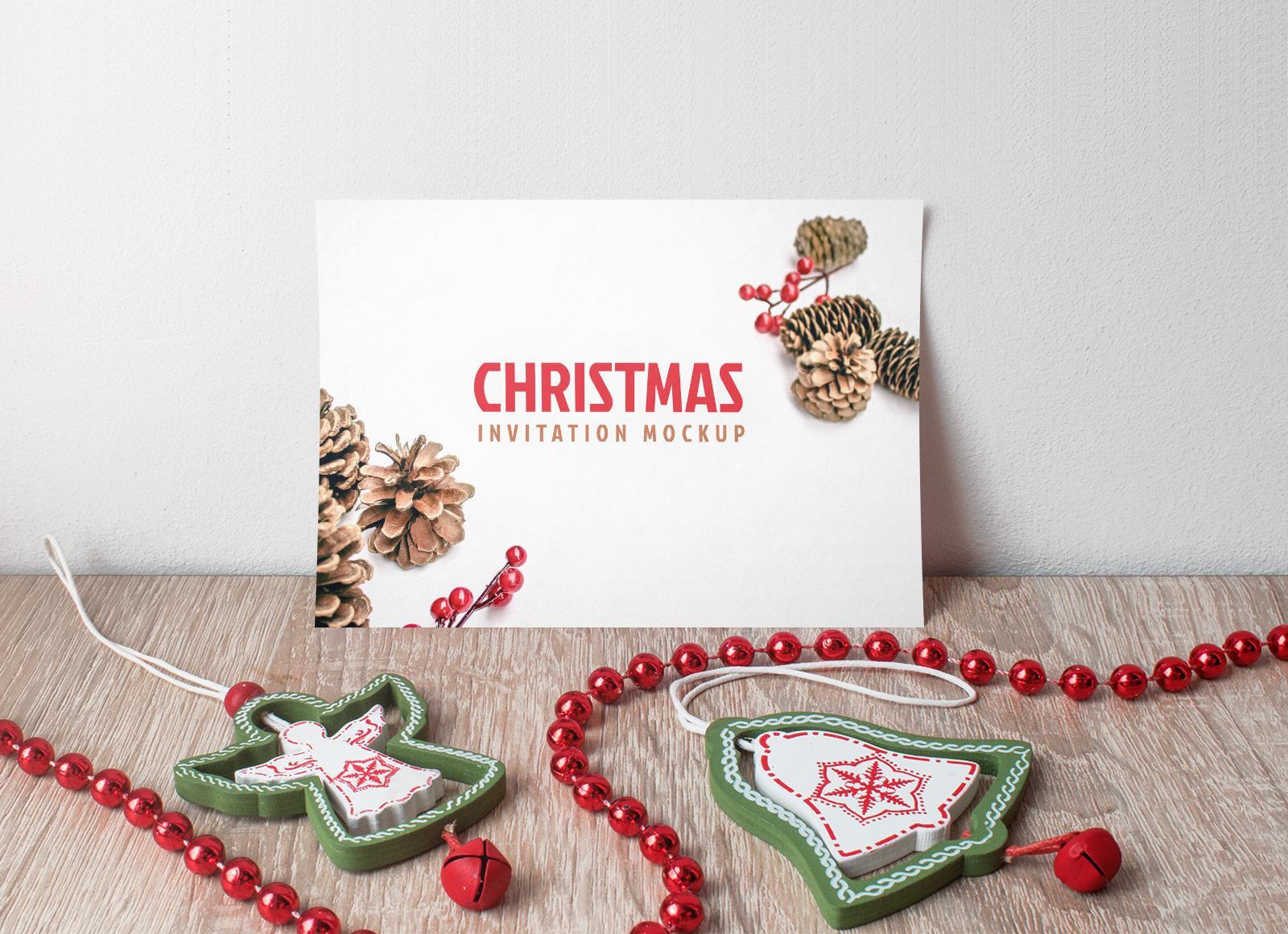 Free-Christmas-Invitation-Card-Mockup-PSD