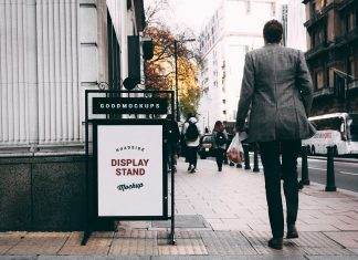 Free-Outdoor-Roadside-Display-Stand-Mockup-PSD