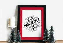 Free-Photo-Frame-Mockup-PSD-for-Christmas-Related-Artworks