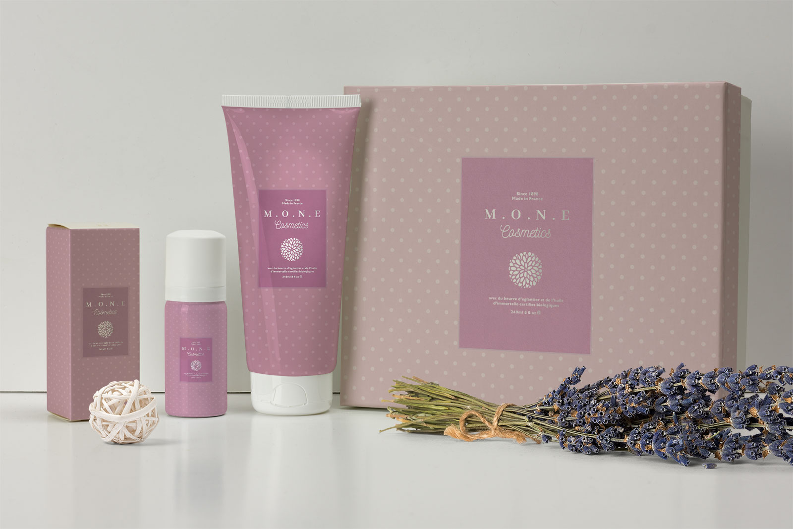 Free-Premium-Cosmetics-Cream-Lotion-Packaging-Mockup-Pack