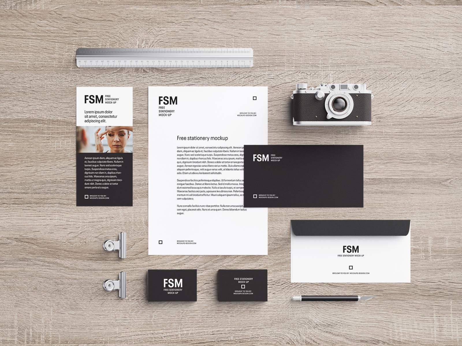 Free Photoshop Stationery Mockup PSD Set For Photographers