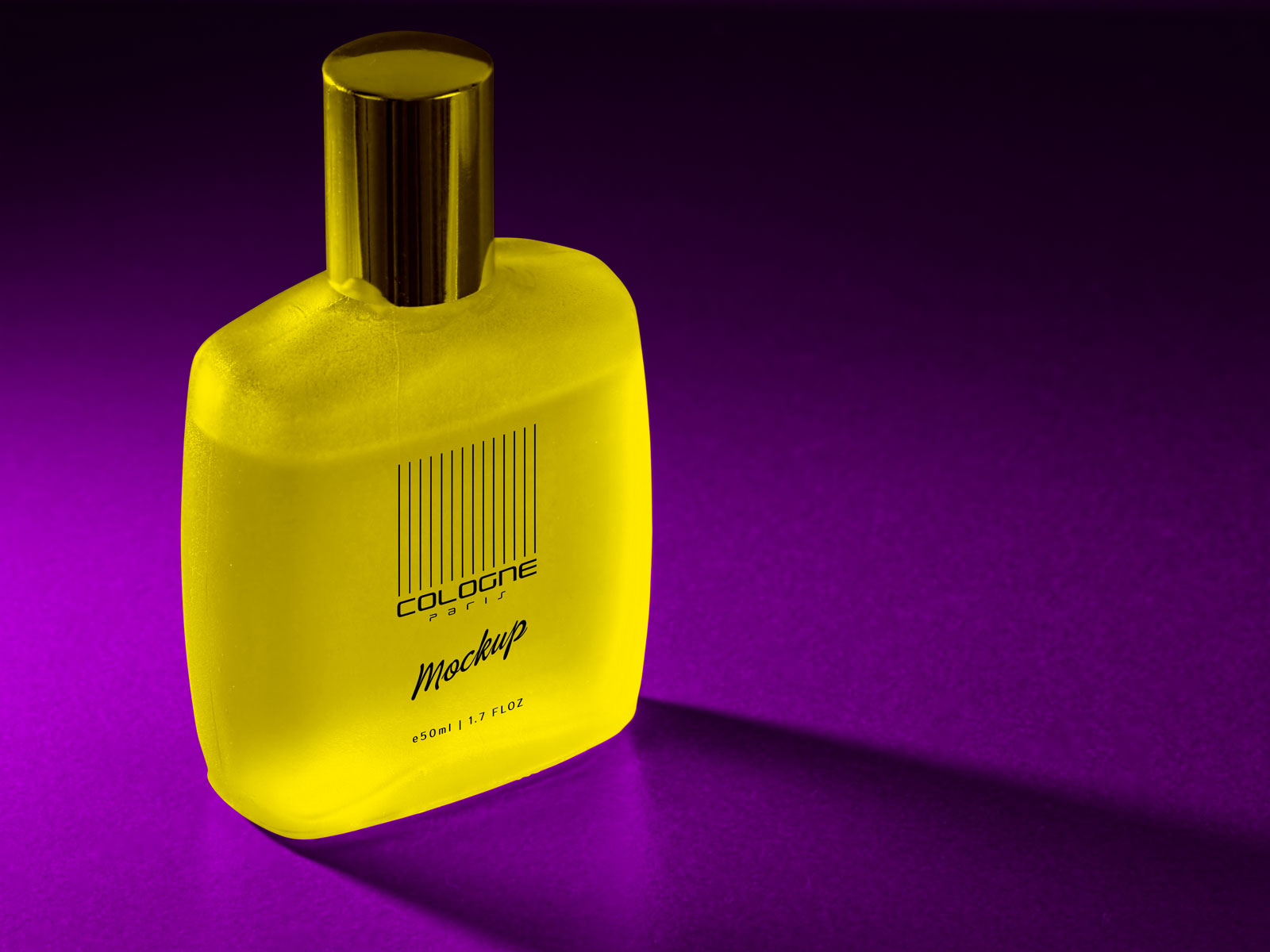 Free-Frosted-Perfume-Bottle-Mockup-PSD-File--3