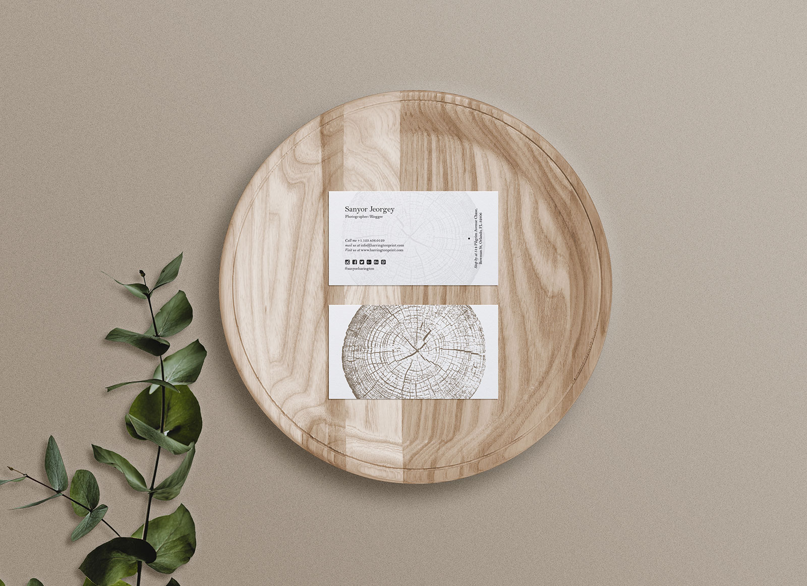 Free-Front-Back-business-card-mockup-on-wooden-tray