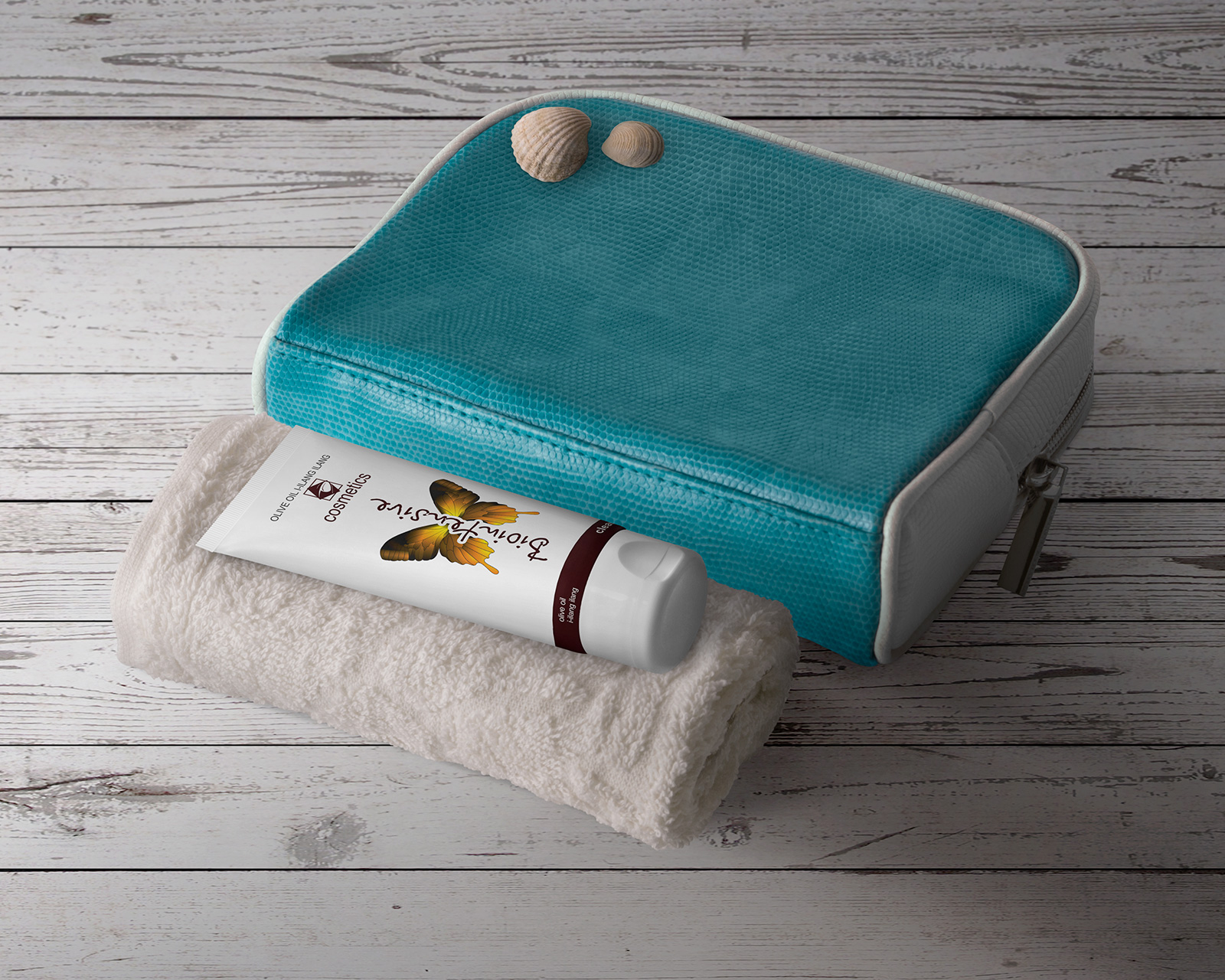 Free Natural Cosmetic Packaging Mockup PSD Set