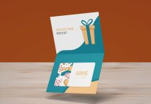 Free-Single-Fold-Gift-Card-Mockup-PSD-Set