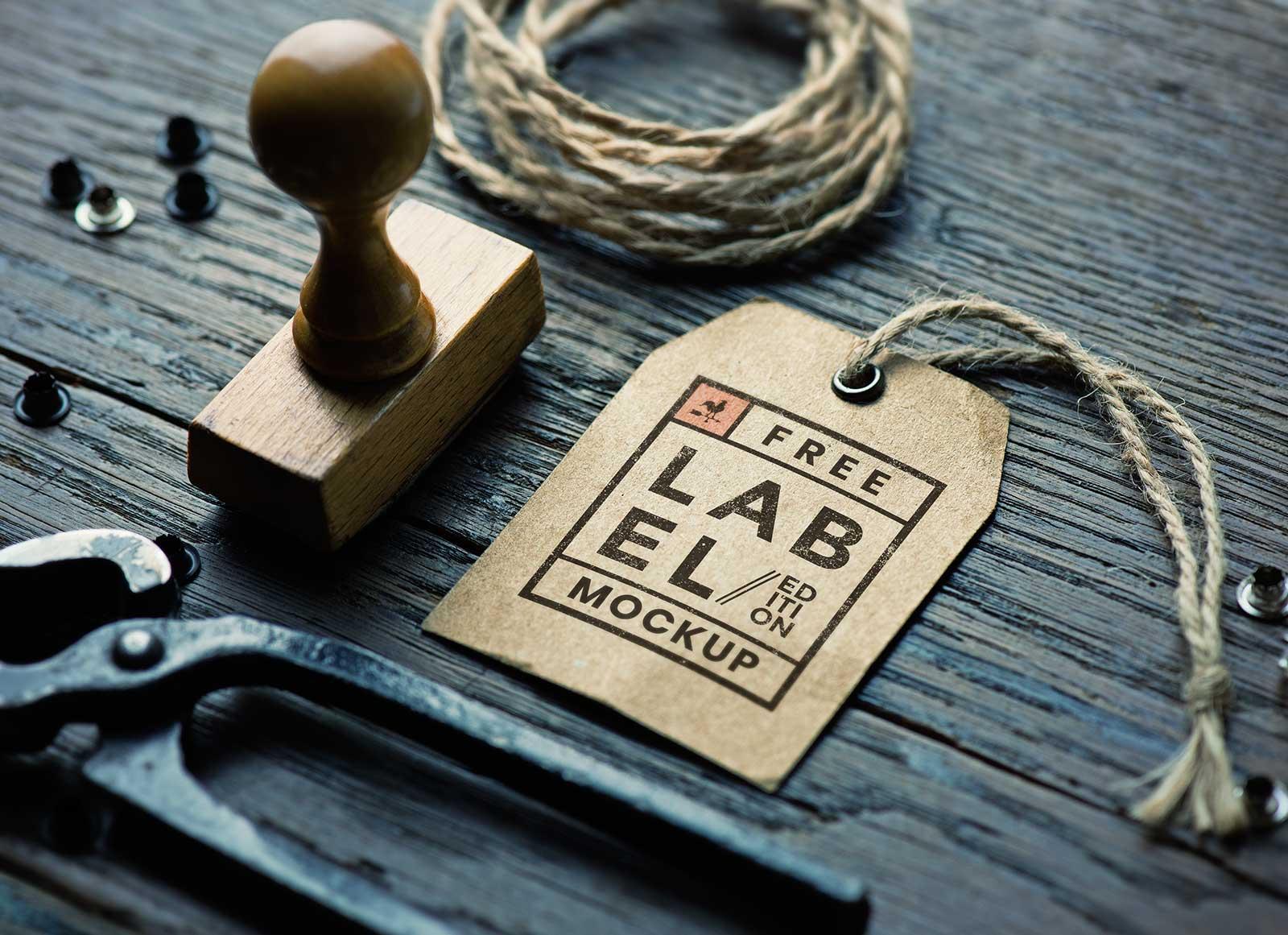 Free Kraft Paper Hang Tag Mockup PSD