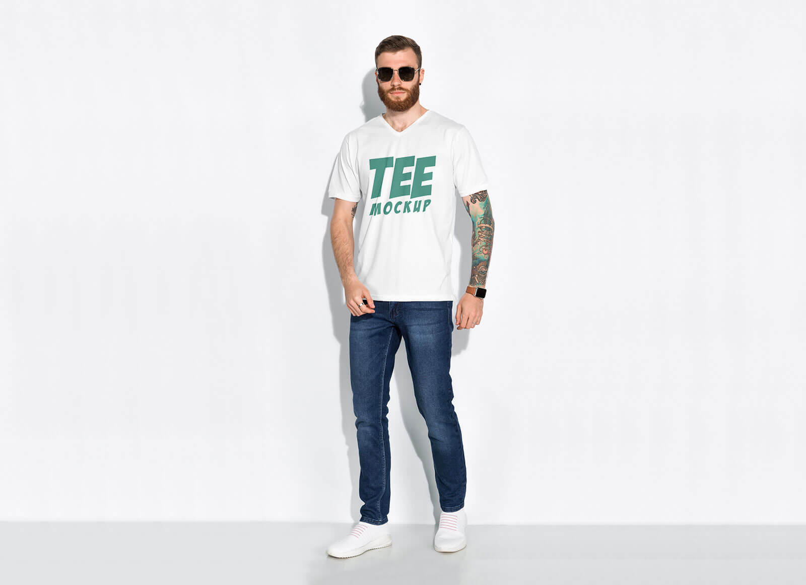 Free-Men's-T-shirt-Mockup-PSD-for-Graphic-Tees