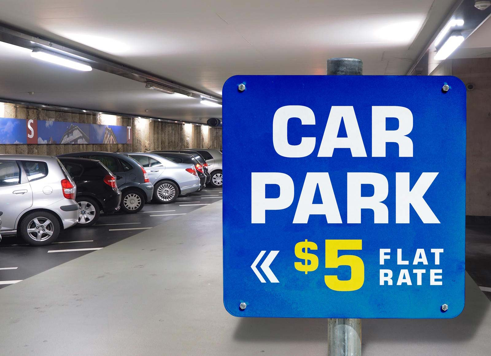 Free-Parking-Signage-Mockup-PSD