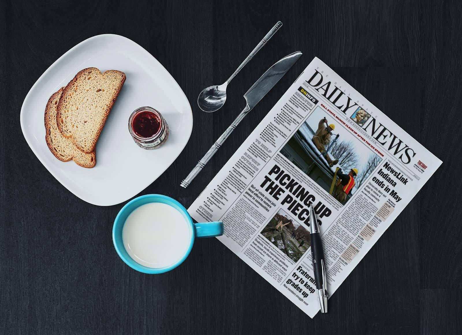 Free-Full-Page-Newspaper-Mockup-PSD