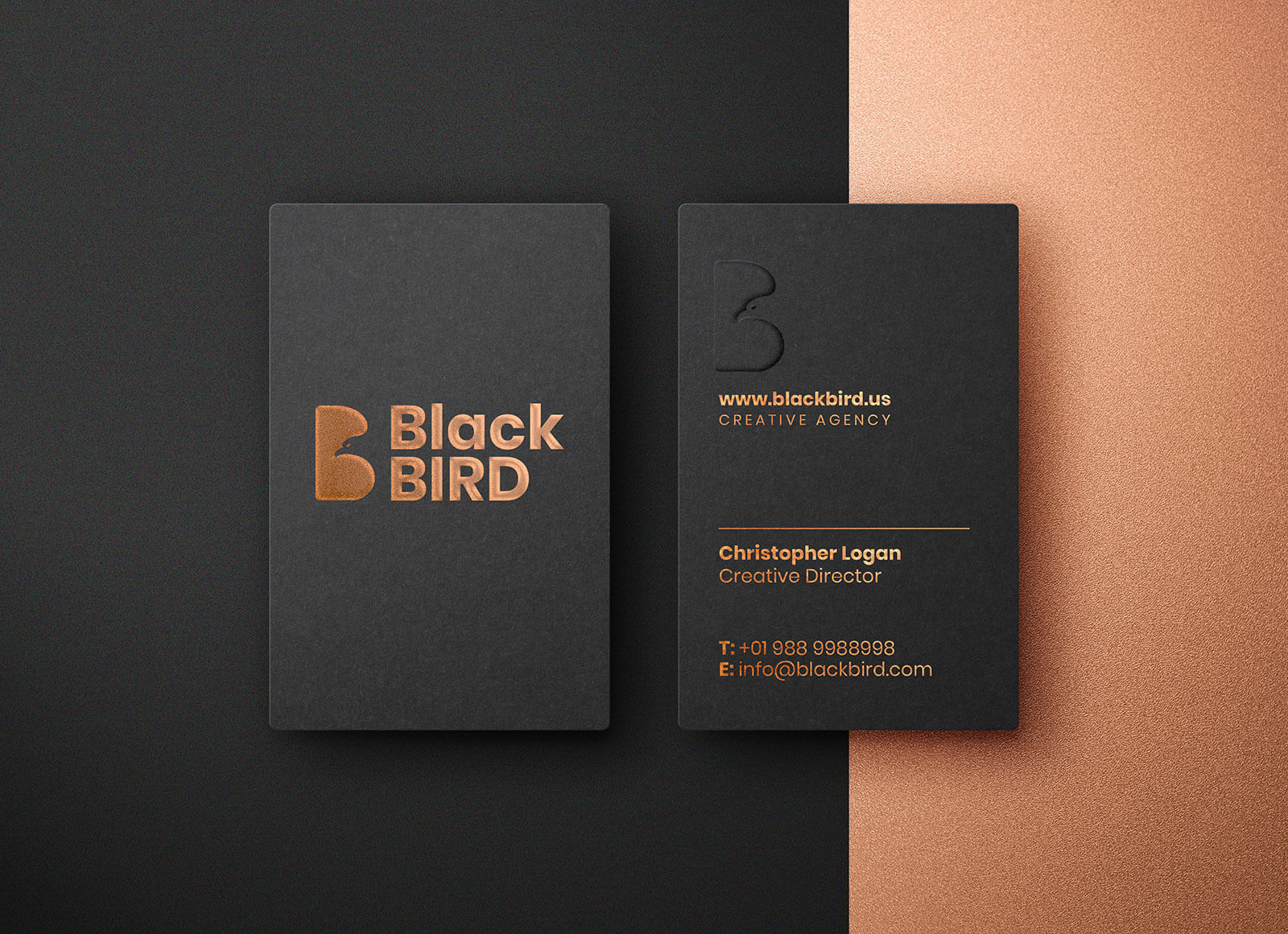 Free-Foil-Embossing-Business-Card-Mockup-PSD