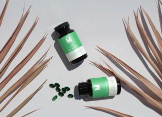 Free-Soft-Capsules-Pill-Bottle-Mockup-PSD