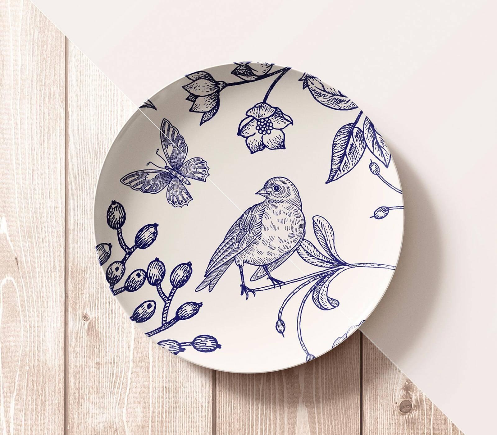 Free-Crockery-Ceramic-Plate-Mockup-PSD