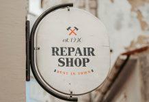 Free-Vintage-Round-Signage-Mockup-PSD